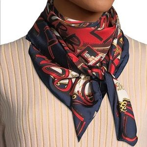 BURBERRY SQUARE SCARVES SILK.